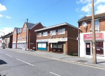 Thumbnail 3 bedroom flat to rent in Barrack Street, Colchester