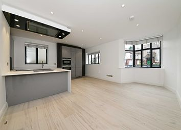 Thumbnail 2 bed flat to rent in Middleton Road, London