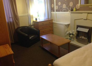 Thumbnail Room to rent in Dallow Street, Burton On Trent