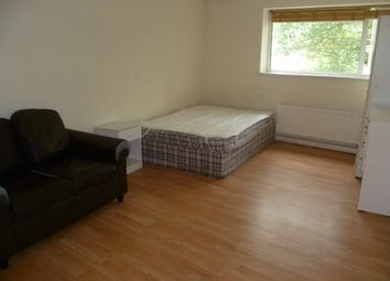 Thumbnail Studio to rent in Guildford St, Luton