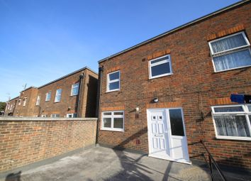 Thumbnail Maisonette to rent in King Street, Stanford-Le-Hope, Essex