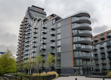 Thumbnail 1 bedroom flat for sale in Park Vista Tower 5 Cobblestone Square, Wapping