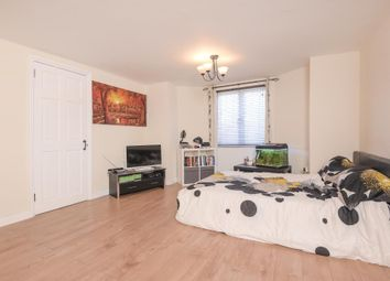 Thumbnail Studio to rent in Newbury, Berkshire