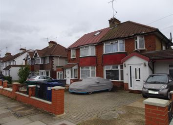 4 bed property for sale in Ellesmere Avenue, London NW7
