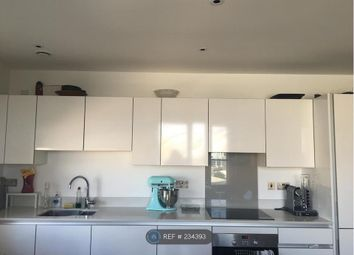 Thumbnail 3 bed flat to rent in John Donne Way, Greenwich