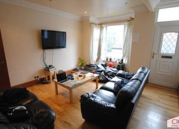 6 bed terraced house to rent in 69 Manor Drive, Hyde Park LS6 1De