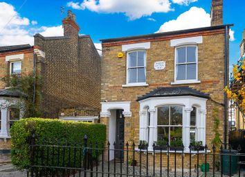 5 bed property for sale in Hills Road, Buckhurst Hill IG9