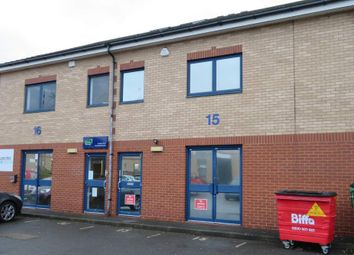 Thumbnail Office to let in Unit 15 Boundary Business Centre, Woking, Surrey