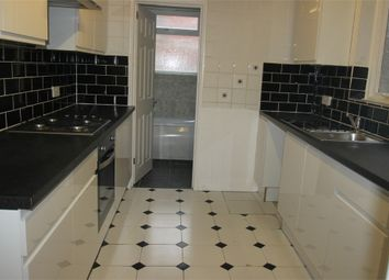 Thumbnail 3 bedroom terraced house to rent in Oxford Road, Reading