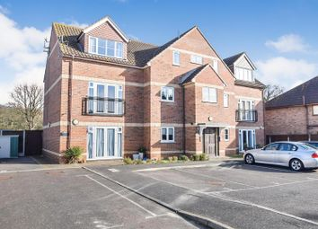 Thumbnail 2 bed flat for sale in Rayleigh Road, Hadleigh, Benfleet