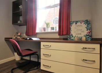 Thumbnail 6 bed flat to rent in St. James Street, City Centre, Newcastle Upon Tyne