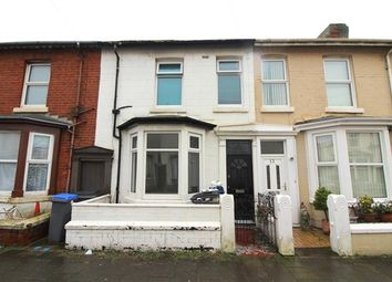 3 bed property to rent in Duke Street, Blackpool FY1