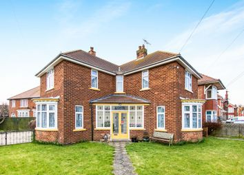 Thumbnail 3 bed detached house for sale in Lawn Avenue, Skegness