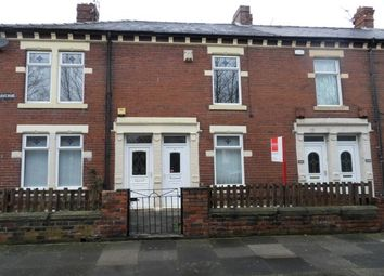 Thumbnail 3 bed flat to rent in Holly Avenue, Wallsend