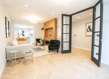Thumbnail 5 bed town house for sale in Cato Street, London