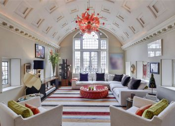 Thumbnail 6 bedroom terraced house for sale in The Vale, Chelsea