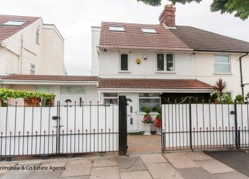 4 bed property for sale in Noel Road, West Acton, London W3