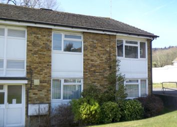 Thumbnail 2 bedroom flat to rent in Oakshaw, Chalkpit Wood, Oxted