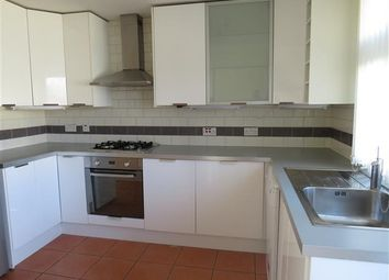 3 bed semi-detached house to rent in Albany Road, West Green, Crawley RH11