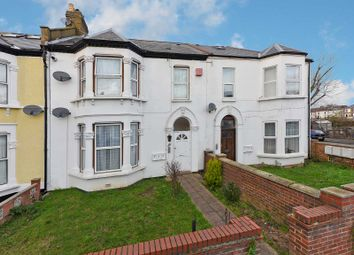 Thumbnail 2 bed flat to rent in Hazelbank Road, London