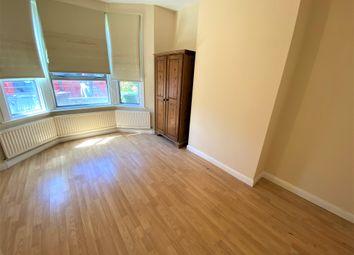 Thumbnail 1 bed flat to rent in Fanshawe Avenue, Barking