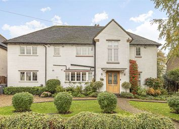 Thumbnail 5 bed detached house for sale in Kings Road, High Barnet, Hertfordshire