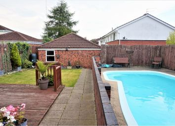 Thumbnail 4 bedroom detached house for sale in Beverley Road, Willerby Hull