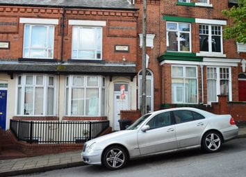 Thumbnail 1 bed flat to rent in Wood Hill, Leicester