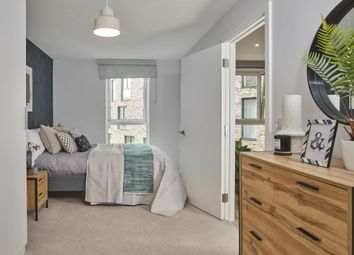 1 bed flat to rent in Clippers Quay, Waterman Walk, Salford M50