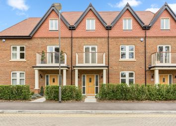 Thumbnail 4 bed town house to rent in Mill Lane, Taplow, Maidenhead