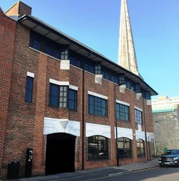 Thumbnail Office to let in 2nd Floor Woollen Hall, Castle Way, Southampton, Hampshire