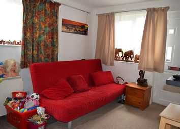 Thumbnail 1 bed flat to rent in Brackyn Road, Cambridge
