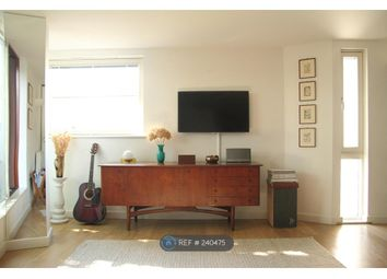 Thumbnail 2 bed flat to rent in Hales St, London