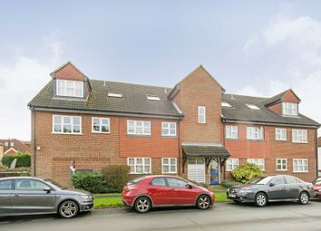 Thumbnail 2 bed flat to rent in Woodfield Close, Ashtead