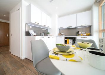 Thumbnail 2 bed flat to rent in Queen Street, Maidenhead, Berkshire