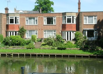 Thumbnail 2 bed flat to rent in Riverside Court, Chesterton Road, Cambridge