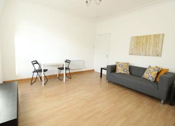 2 bed flat to rent in Walker Road, Aberdeen AB11