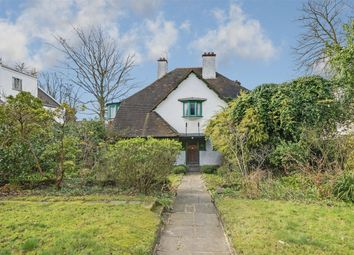 Thumbnail 6 bed detached house for sale in West Heath Avenue, Golders Green
