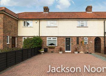 Brettgrave, Epsom KT19. 3 bed terraced house