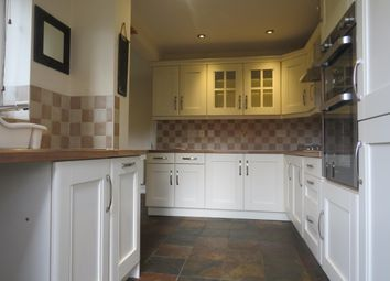 4 bed property to rent in Queen Street, Stamford PE9
