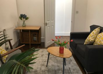 Thumbnail 5 bed triplex to rent in Juction Road, Archway