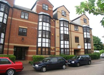 Thumbnail 1 bed flat to rent in Maltings Place, Reading