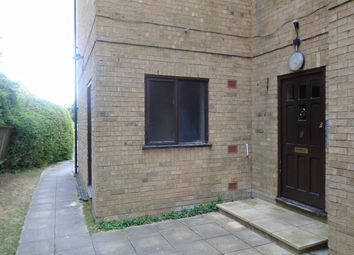 Thumbnail 1 bed flat to rent in Harcourt Avenue, Wallington