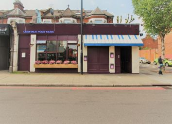 Thumbnail Leisure/hospitality to let in Archway Road, London