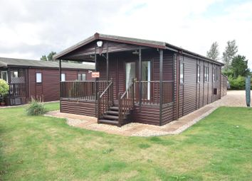 2 bed mobile/park home for sale in Great North Road, Cromwell, Newark NG23