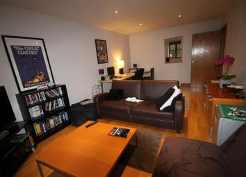 Thumbnail 2 bed flat to rent in Kingsley Mews, London