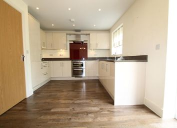 Thumbnail 4 bedroom detached house to rent in Barncroft Drive, Lindfield, Haywards Heath