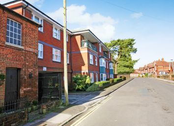 2 bed flat for sale in New Park Street, Devizes SN10