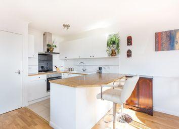 Essex Road, Chadwell Heath, Romford RM6. 2 bed flat