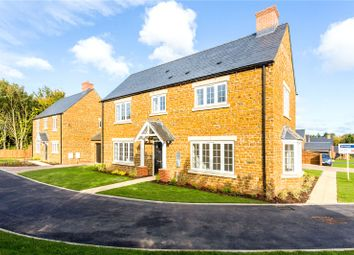 Thumbnail 5 bed detached house for sale in Henge Close, Adderbury, Banbury, Oxfordshire